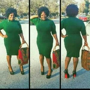 Dresses & Skirts - Just showing off this green dress